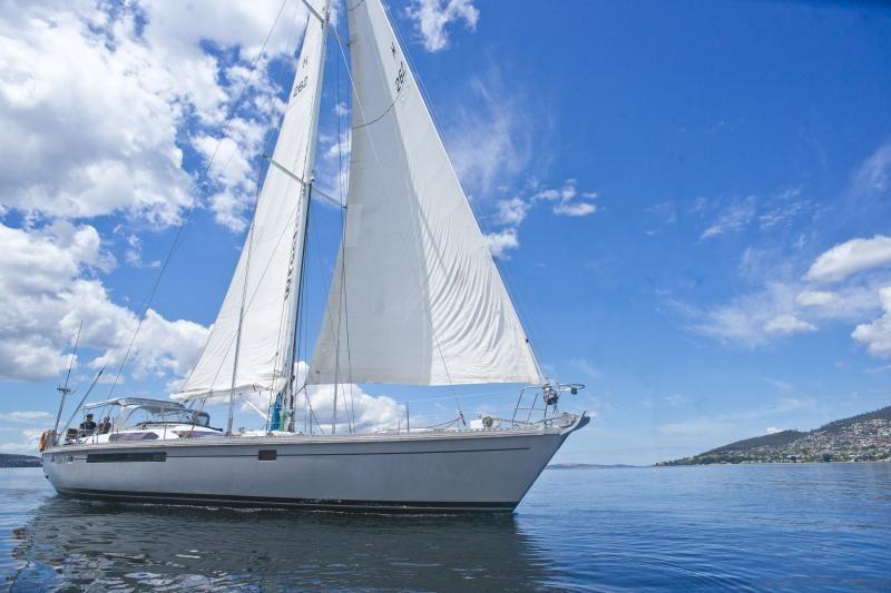 Derwent River Cruise Hobart Tour